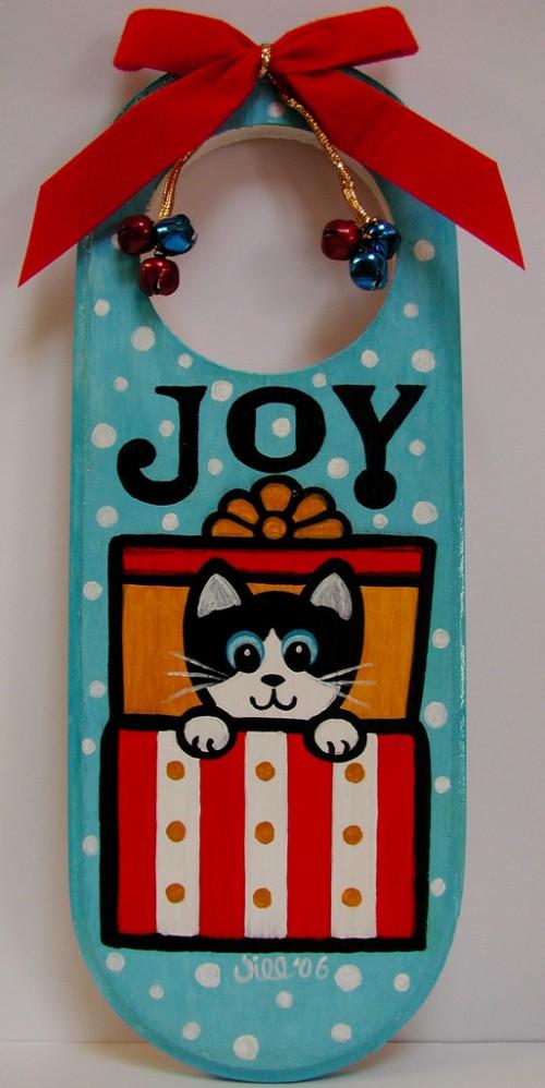 12_Joy Door Hanger