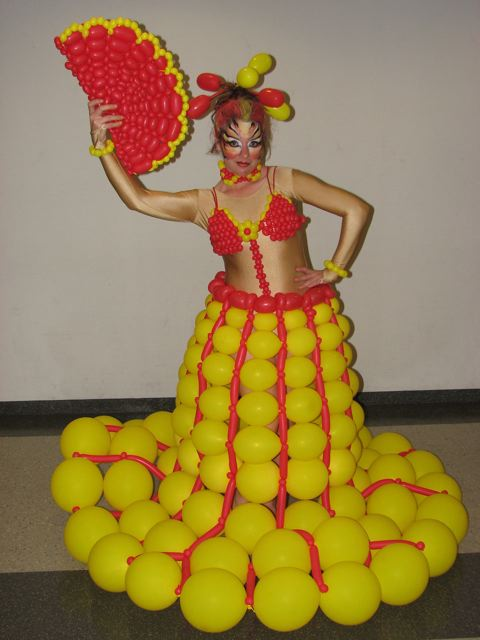 17_Balloon Dresses