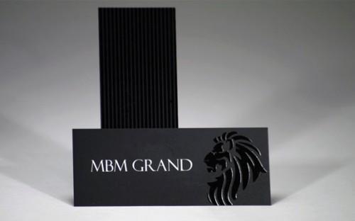 Elegant Spot UV Business Cards